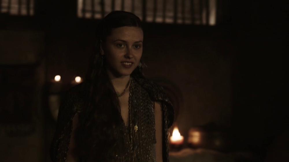 Thyri en la serie Vikings, interpretada por Elinor Crawley.