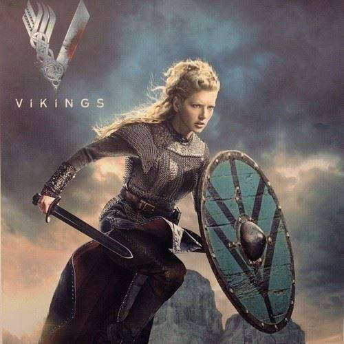 Lagertha en la serie Vikings. Interpretada por Katheryn Winnick.