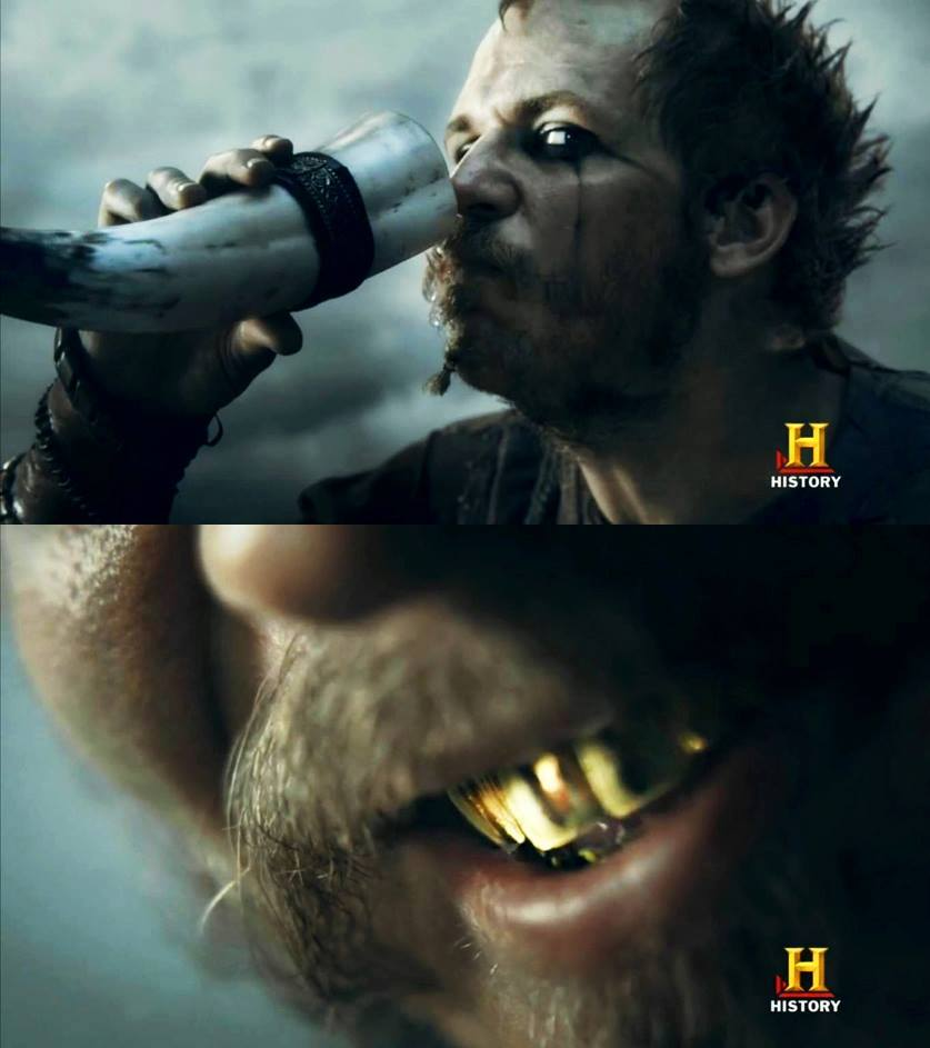 Floki como Heimdall.