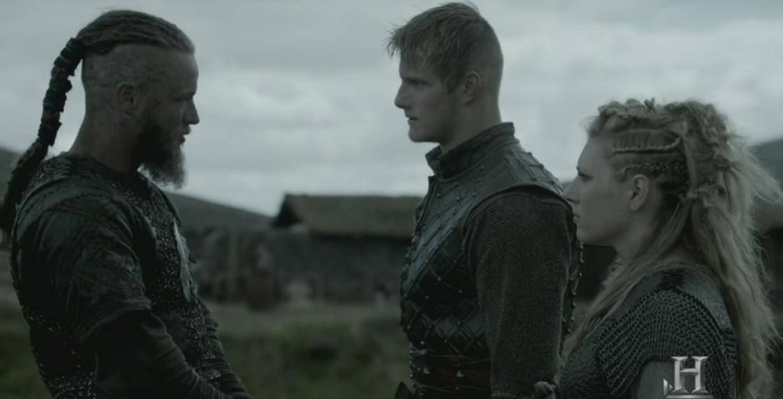 Ragnar, Lagertha y Björn, de nuevo juntos.