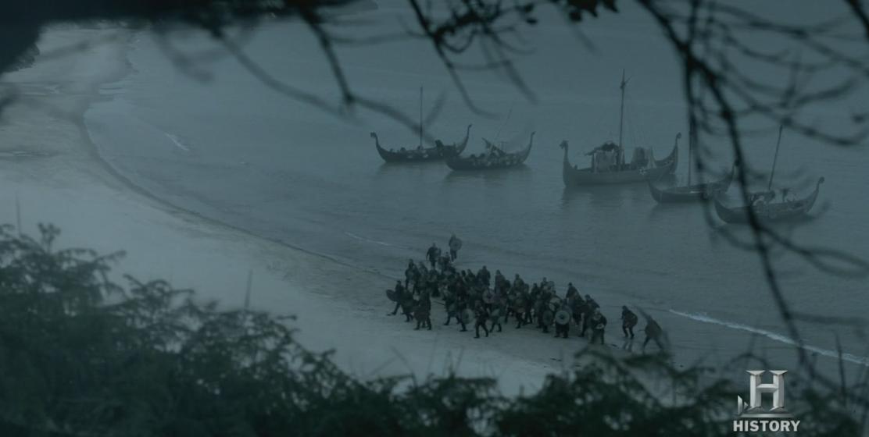 Barcos varados en la playa.