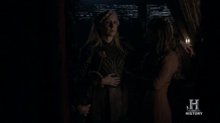 Gunnhild, interpretada por Elizabeth Moynihan.