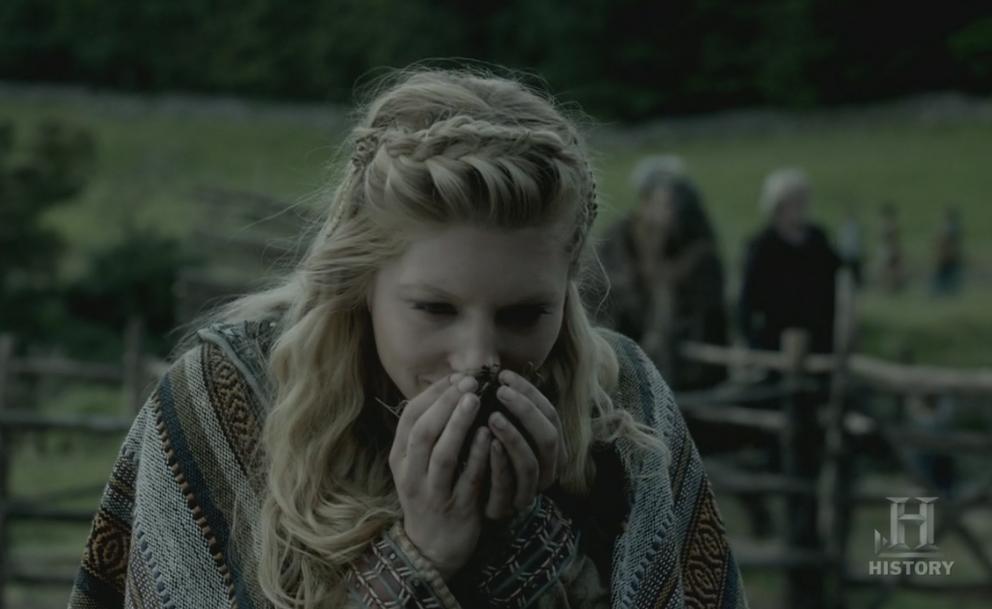 Lagertha muy conmovida.