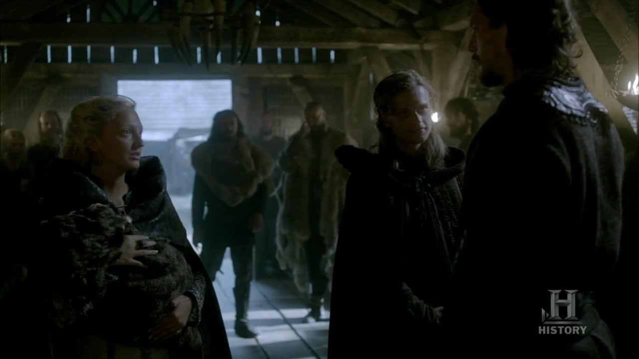 Y Erlendur viene acompañado de Torvi, la viuda del jarl Borg.