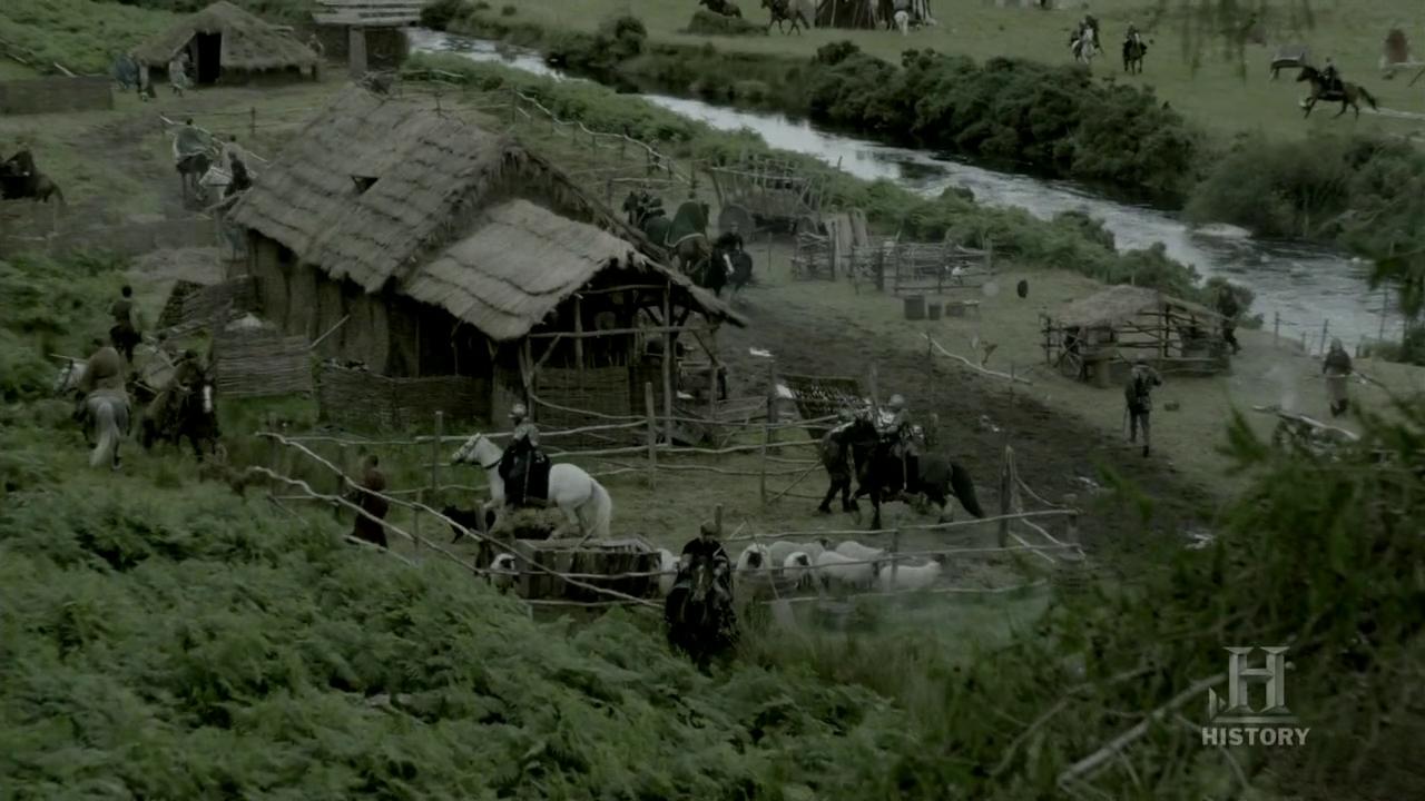 Ethelwulfo y los nobles de Wessex arrasan el campamento vikingo.