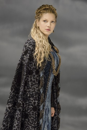 Vikings-Lagertha-Season-3-Official-Picture-vikings-tv-series-38232421-334-500